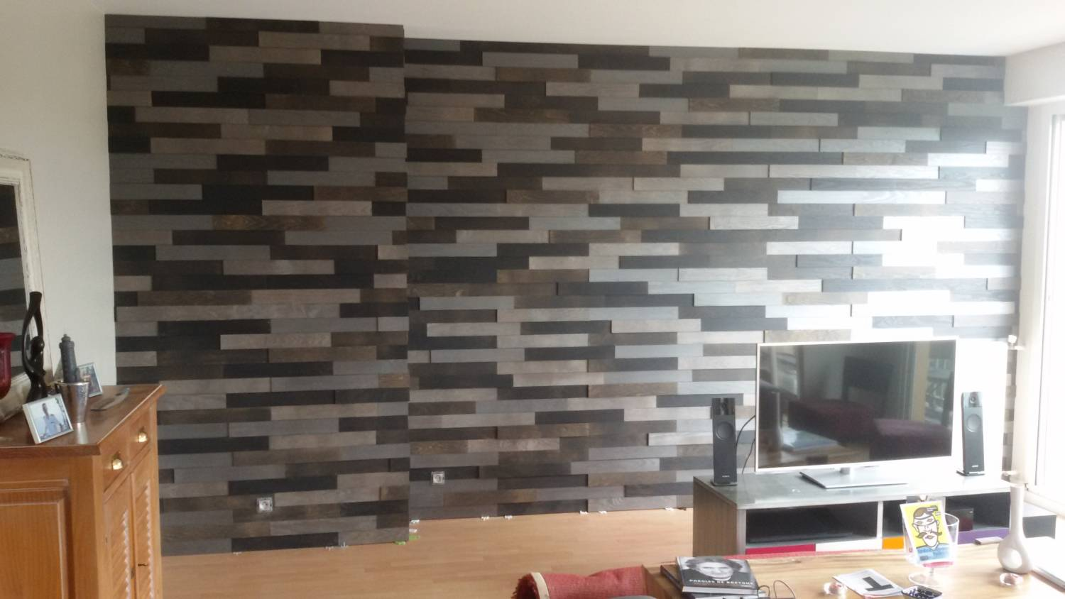 Habiller un mur int rieur nouveau produit parement for Decoration mur interieur